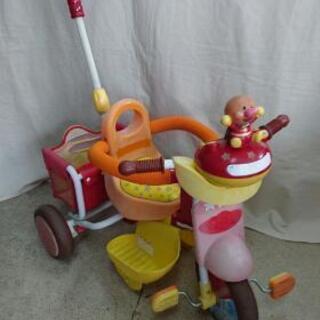 在庫処分品 アンパンマンの三輪車
