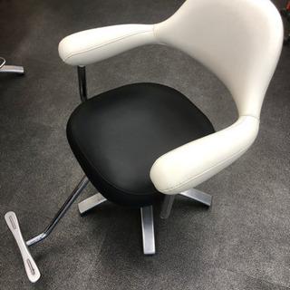 美容室 椅子 タカラベルモント
