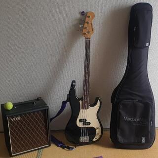 ベースギターと vox アンプ