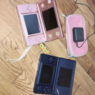 Nintendo DS light 2個セット!!