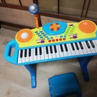 本日引き渡し可能な方子供用 ピアノ 美品