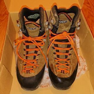 登山靴 25cm AKU(アク) 北イタリアで職人が丁寧に作る登山靴