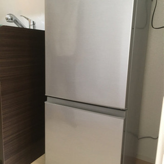 値下げ!一人暮らしにピッタリ!126リットル冷蔵庫