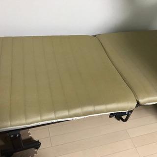 【譲ります】折り畳みシングルベッド