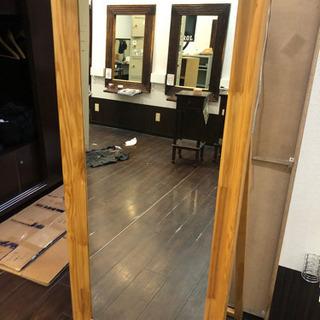 原宿の美容室で使用していた鏡です