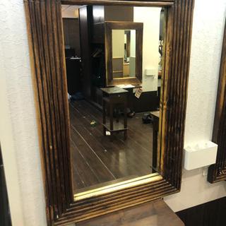 鏡(原宿の美容室で使用していました)