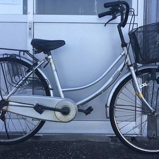普通の自転車(要修理)