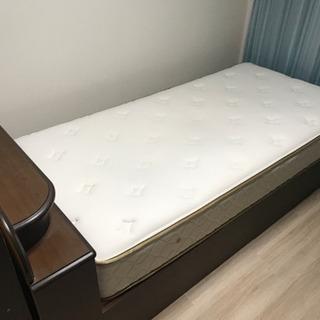 美品! 綺麗なシングルベッド 単身に最適!