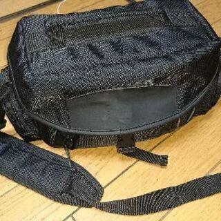 黒 ショルダーバッグ