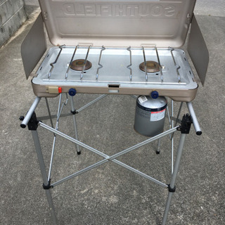 BBQ用ガスコンロ、スタンド 総額¥16,000程度のもの