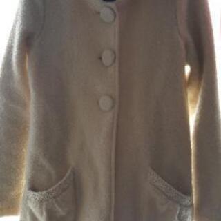 白いかわいい系コート