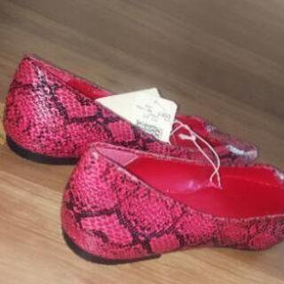 未使用品の靴ピンク - 香芝市