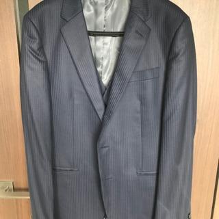 タケオキクチのスーツ