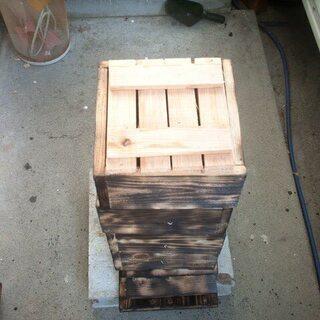 日本蜜蜂巣箱・卸売り ・製造直売(頑丈型4段式) ハチミツ・蜂蜜