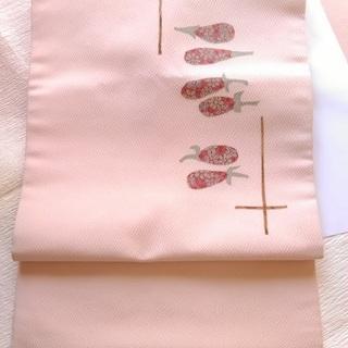 中古:正絹名古屋帯 ピンクベージュ系 縮緬 かわいらしく上品なワ...