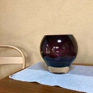 ガラス製  花瓶