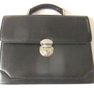 【美品】ダックス〔DAKS〕のメンズ用ハンドバッグ!ブラックです。