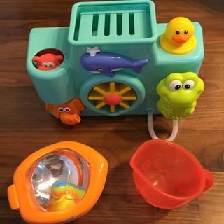 お風呂で遊べるおもちゃ