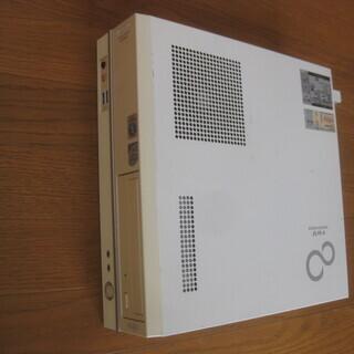 Fujitsu FMV スリム デスクトップ パソコン Win1...