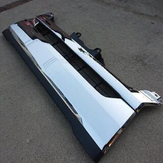 ハイエース4型 標準メッキフロントグリル