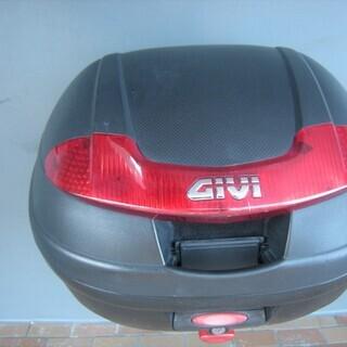 GIVI リアボックス