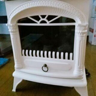 ニトリ暖炉型ファンヒーター