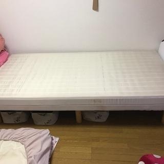 【差し上げます】シングルサイズマットレス付きベッド【駒込】