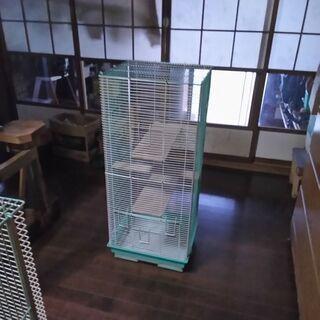 リス、シマリス、モモンガ用タワー型ケージ