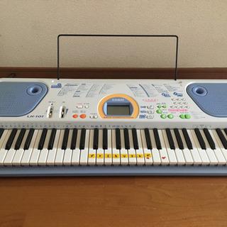 カシオ電子キーボード LK-101
