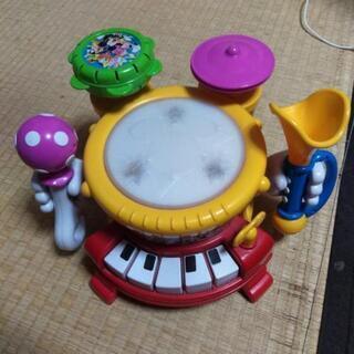 太鼓とピアノ付き