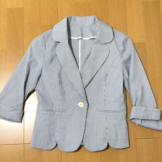 七分袖のサマージャケット