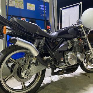 ゼファー - バイク