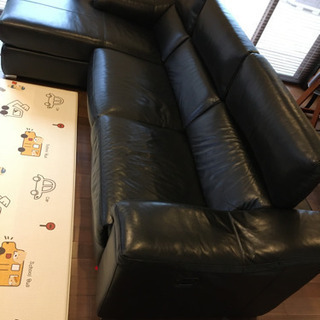 本革電動リクライニング大型ソファー 東京インテリア 黒ブラック