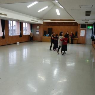 フラワーダンスクラブ
