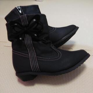 子供靴 キッズブーツ  18センチ 未使用 自宅保管