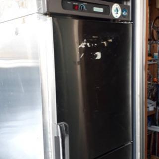 業務用冷凍庫です、