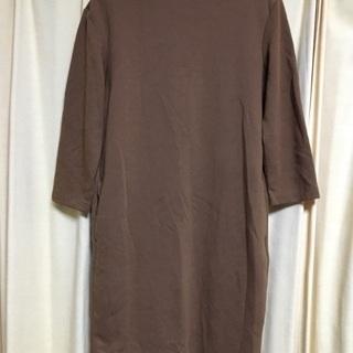 ユニクロ ブラウン系 ポケット付き厚手のワンピ  サイズM
