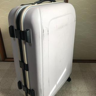 スーツケース 薄紫 傷あり 内装キレイです