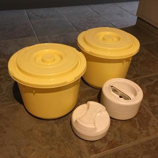 【差し上げます】漬物用の容器と重りのセット