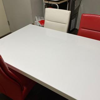 ニトリ 4人用ダイニングテーブルセット
