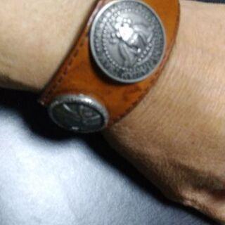 極太アンティークコイン革ブレス