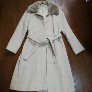 エフデのお上品なベージュのコート♪