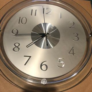 壁掛け時計 ガラス シルバー文字版