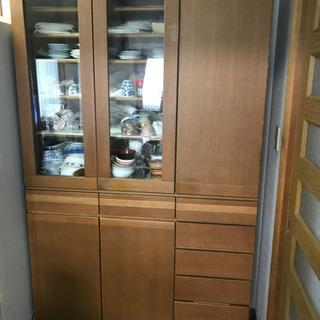 食器棚 割と美品