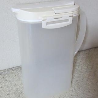 麦茶ポット 冷水筒 2.6リットル