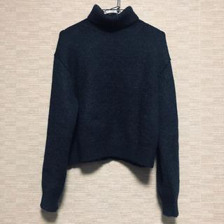 ユニクロ タートルネックウール混セーター