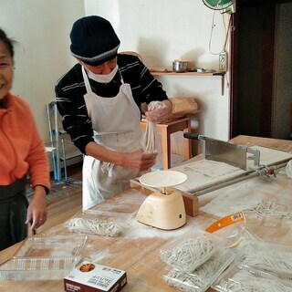 『Let's experience making Soba(bu...