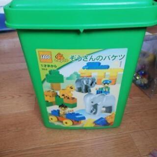 レゴ緑のバケツ