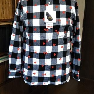 ユニクロ×ディズニーのシャツ・セーター
