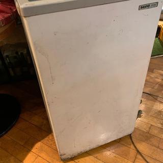 2/3引き取りまで 冷凍ストッカー 使用感あり 冷えますの画像